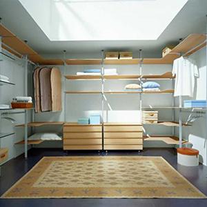 Šatny a vestavěné šatní skříně